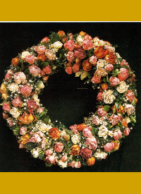 Selbstgebundene Blumenkränze